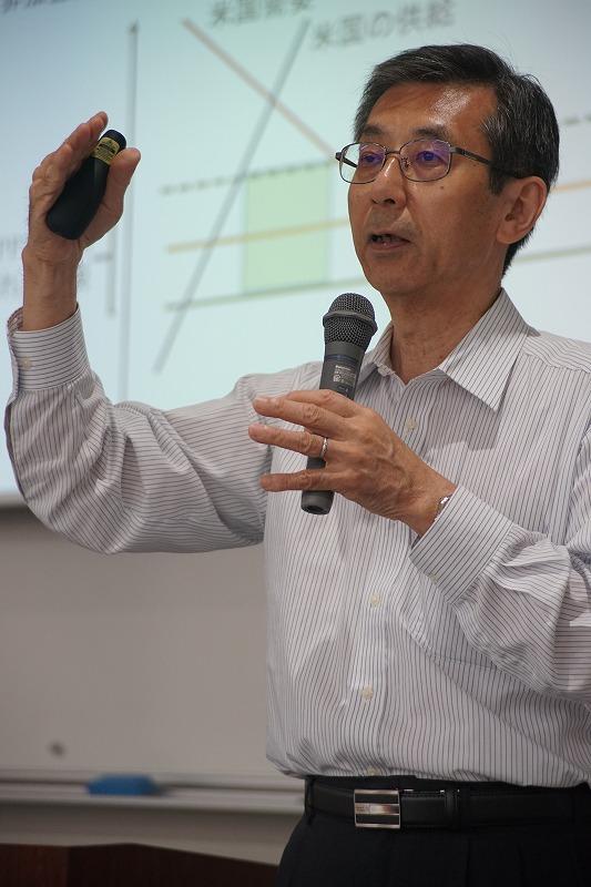 若杉隆平教授が「TPPと世界の中の日本」について特別講義を行いました